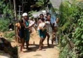 Doação de cestas básicas beneficia comunidade | Adilton Venegeroles | Ag. A TARDE