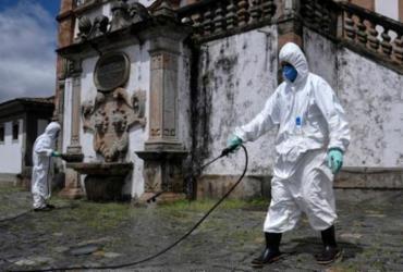 Brasil registra 299 mortes por Covid-19; país tem 7.910 casos da doença | Douglas Magno | AFP