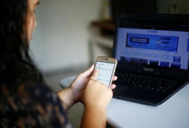 Projeto A TARDE Conecta investe em lives com jornalistas e convidados | Laryssa Machado | Ag. A TARDE