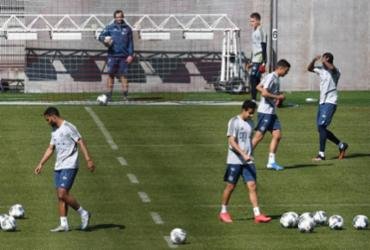 Bayern de Munique retoma treinos com distanciamento social entre jogadores | Christof Stache | AFP