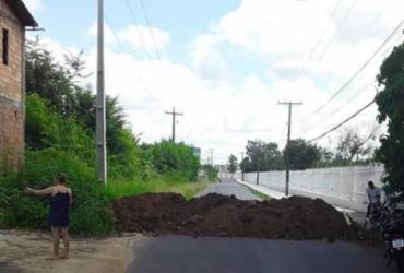 Após caso de covid-19, moradores de distrito são impedidos de ter acesso à Cachoeira | Cidadão Repórter | Via Whatsapp