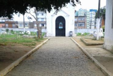 Cemitérios municipais também são alvo de ações de combate ao coronavírus  