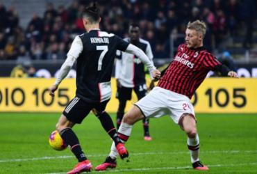 Clubes do futebol italiano fazem acordo para reduzir salários de jogadores | Alberto Pizzoli | AFP