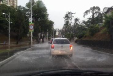 Codesal alerta para fim de semana com chuva na capital baiana | Reprodução