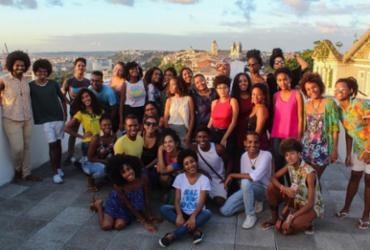 Teatro Escola oferece vagas para jovens em cursos profissionalizantes artísticos  
