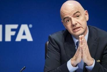 Presidente da Fifa diz não saber quando o futebol será retomado | Michael Buholzer | AFP
