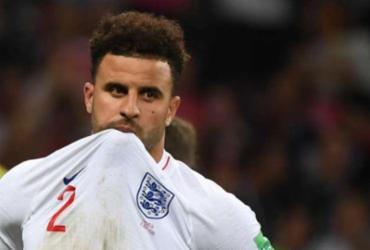 Lateral do City pode ser cortado da seleção inglesa por orgia na quarentena | Manan Vatsyayana | AFP
