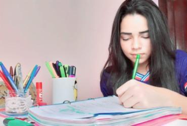 Estudantes de Poções produzem vídeos para estimular colegas aos estudos em casa