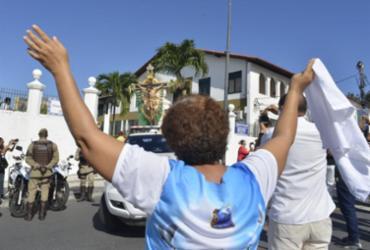Imagem do Senhor do Bomfim percorre ruas de Salvador nesta sexta |