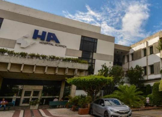 Coronavírus: idoso de 82 anos recebe alta de hospital em Salvador | Divulgação | Hospital Aliança