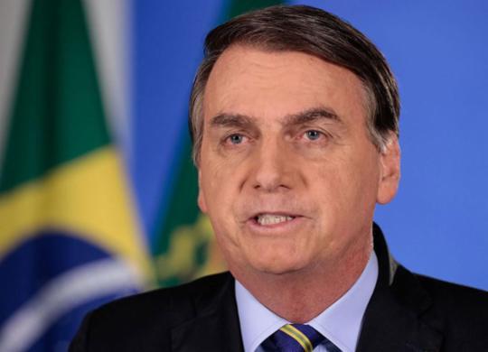 Bolsonaro exalta cloroquina e reitera necessidade de sintonia com ministros   Carolina Antunes   PR