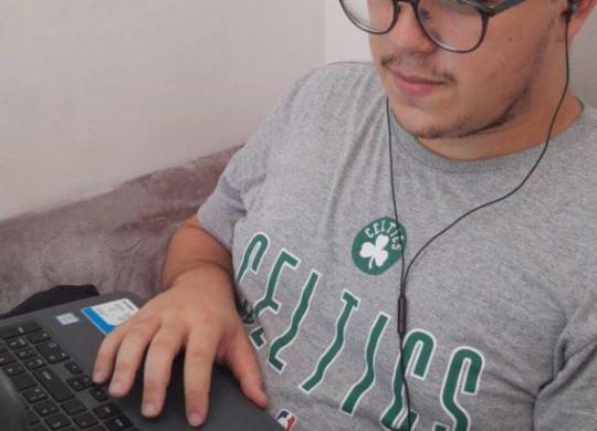 Aulas virtuais exigem adaptação de professores e estudantes universitários   Arquivo Pessoal