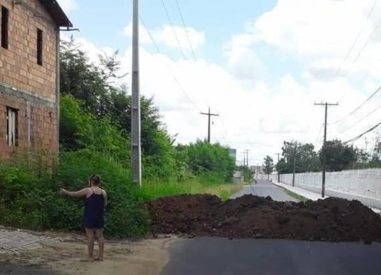 Após caso de covid-19, moradores de distrito são impedidos de ter acesso à Cachoeira   Cidadão Repórter   Via Whatsapp