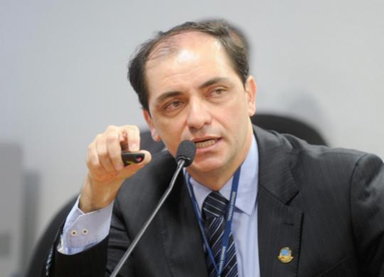 Governo prevê maior déficit da série histórica nas contas públicas em 2020 | Marcos Oliveira | Agência Senado