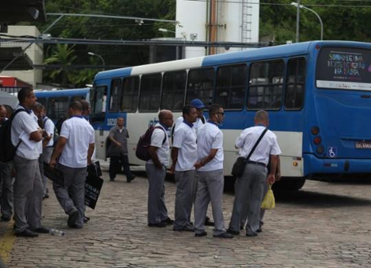 Transporte coletivo pode entrar em colapso ainda este mês   Joá Souza   Ag. A TARDE