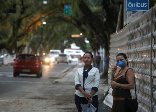 Isolamento social acende sinal de alerta para a segurança pública | Felipe Iruatã | Ag. A TARDE