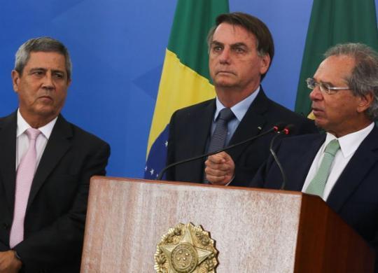 Auxílio de R$ 600 para trabalhadores informais será sancionado até amanhã, diz Bolsonaro | Marcello Casal Jr. | Agência Brasil