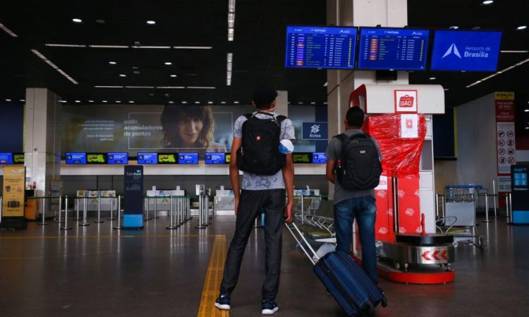 Grupo mais recente desembarcou vindo da África do Sul | Foto: Marcello Casal Jr. | Agência Brasil - Foto: Marcello Casal Jr. | Agência Brasil