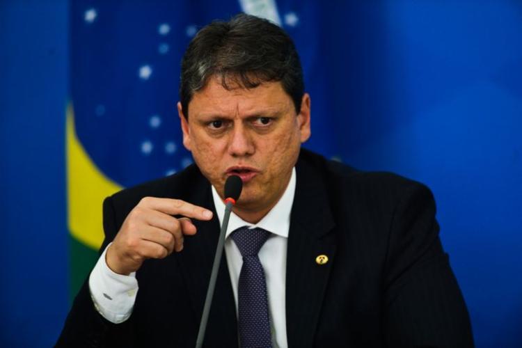 Ministério aponta que o ministro Tarcísio Gomes de Freitas não deixa em risco a segurança dos investidores   Foto: Marcello Casal Jr   Agência Brasil - Foto: Marcello Casal Jr   Agência Brasil