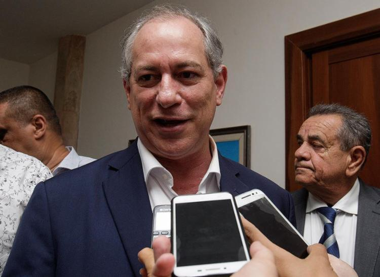 Pedetista afirmou que o ex-presidente Lula está