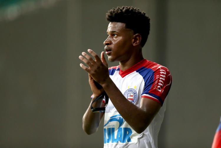 Jovem revelado pelo Tricolor tem contrato com o time suíço até junho, e não sabe se permanece na Europa | Foto: Felipe Oliveira | EC Bahia - Foto: Felipe Oliveira | EC Bahia