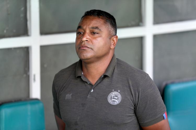 Treinador sobreviveu a momentos de instabilidade no Tricolor