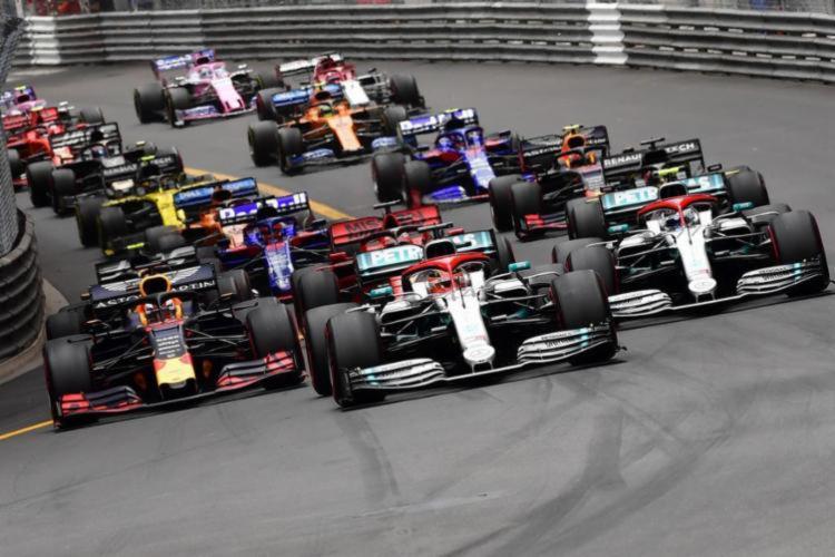 Diretor-executivo da McLaren fala sobre possibilidades de equipes