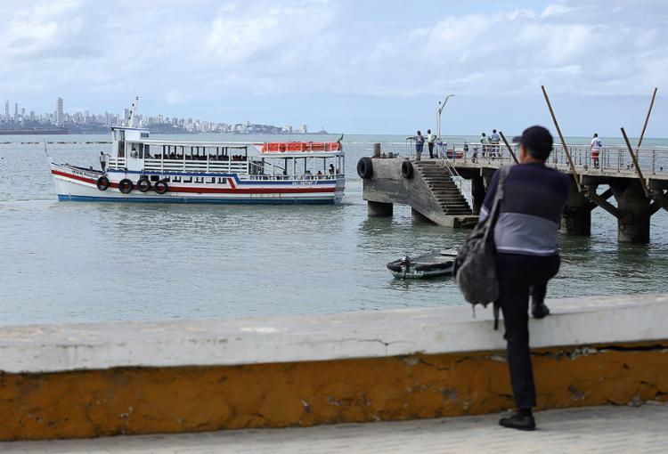 Mar Grande, na Ilha de Itaparica: onde Salvador compõe o cenário da paisagem | Foto: Uendel Galter | Ag. A TARDE - Foto: Uendel Galter | Ag. A TARDE