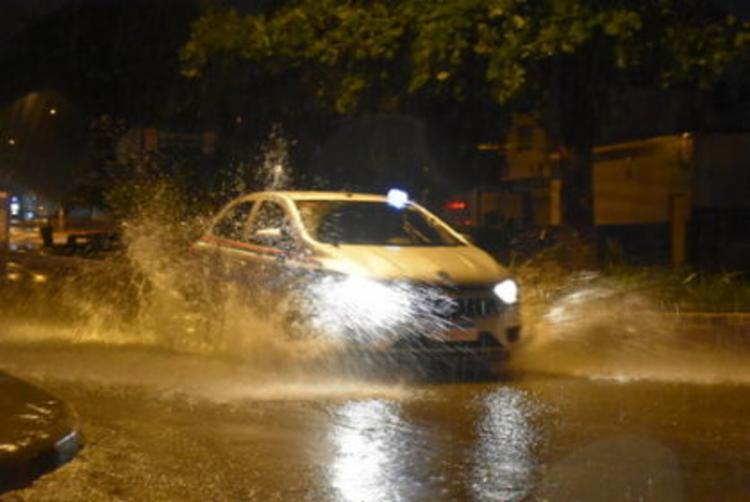 Chuva provocou alagamentos na cidade - Foto: Foto: Reproducão | Blog do Anderson