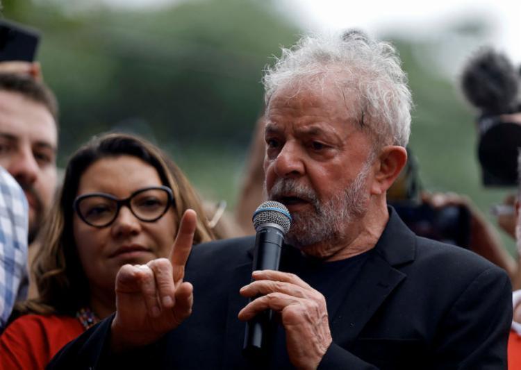 Lula atacou o presidente Jair Bolsonaro e a elite que apoia o governo - Foto: Miguel Schincariol | AFP