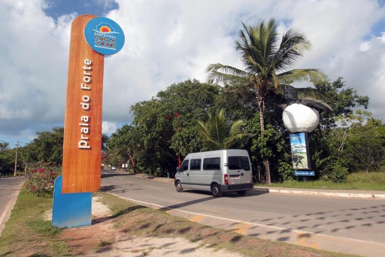 Praia do Forte é um dos destinos turísticos mais impactados no município | Foto: Camila Souza | GOVBA - Foto: Camila Souza | GOVBA
