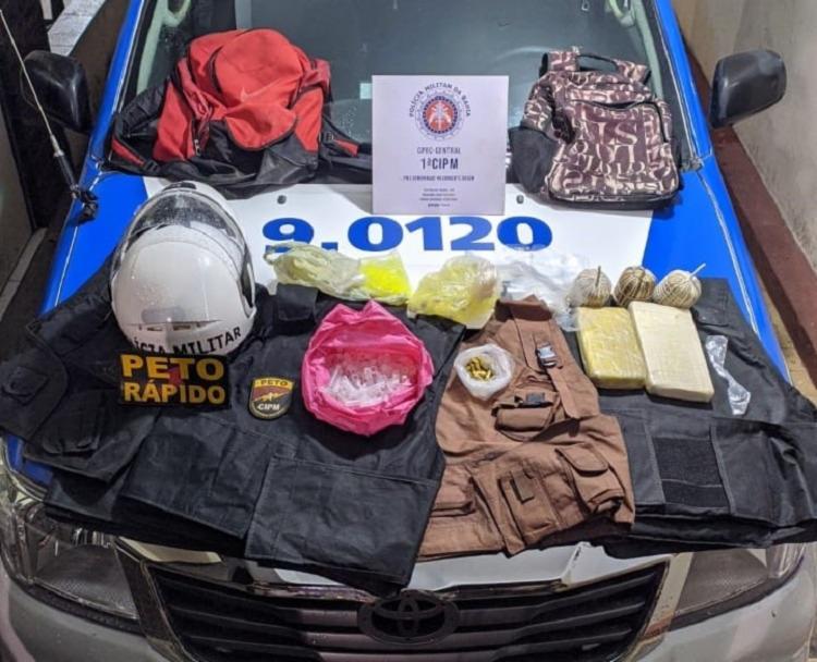 Drogas, granadas e munições foram encontradas | Foto: Divulgação | SSP - Foto: Divulgação | SSP