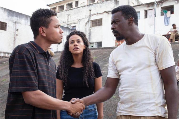 Baiano (à esq.) dá vida à Marcel, irmão caçula de Edson, personagem de Seu Jorge | Foto: Divulgação - Foto: Divulgação