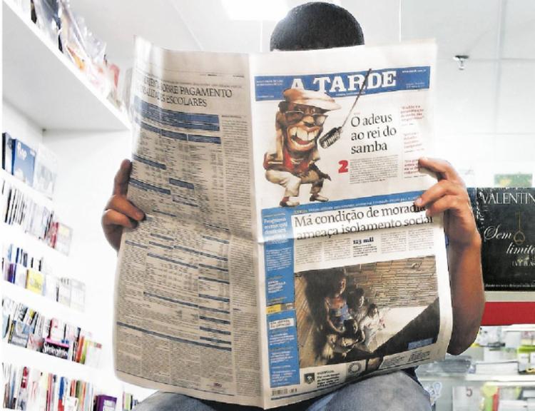 Pesquisa mostra que 56% dos brasileiros confiam em jornais impressos | Foto: Laryssa Machado | Ag. A TARDE - Foto: Laryssa Machado | Ag. A TARDE