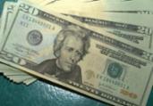 Dólar fecha no menor valor em um mês | Marcello Casal Jr. | Agência Brasil
