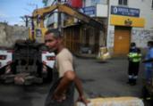 Novas medidas restringem circulação em mais 2 bairros | Felipe Iruatã | Ag. A TARDE