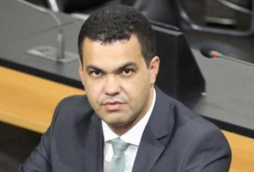 Deputado baiano divulga nota pública criticando jogo político em Amargosa