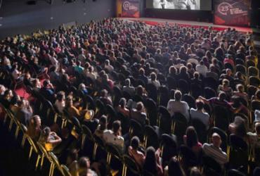 Cinemas terão até 1º de janeiro de 2021 para cumprir acessibilidade | Netun Lima | Universo Produção