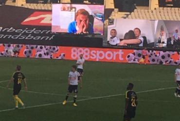 Campeonato Dinamarquês transmite jogo via chamada de vídeo | Reprodução | Twitter | AGF