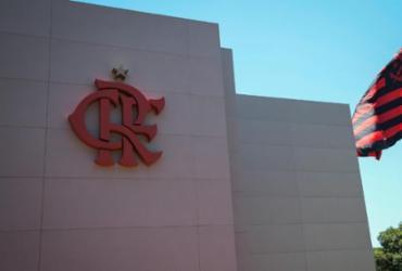 Prefeitura do Rio de Janeiro multa Flamengo após não conseguir fiscalizar CT | Alexandre Vidal | Flamengo