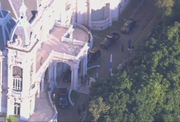 PF deflagra operação e faz buscas na residência oficial do governador Wilson Witzel | Reprodução | TV Globo