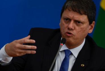 Ministro da Infraestrutura defende fim da pesagem por eixo |