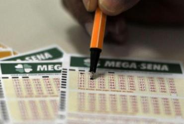 Mega-Sena acumula e prêmio pode chegar a R$ 38 milhões | Marcello Casal Jr | Agência Brasil