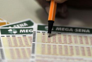 Mega-Sena pode pagar R$ 2,5 milhões neste sábado |
