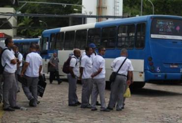 Sem greve, ônibus circulam nesta segunda-feira em Salvador | Joá Souza | Ag. A TARDE