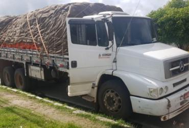 Homem é preso com caminhão roubado e placa falsa em Paulo Afonso