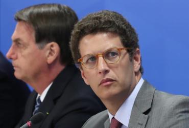 Senadores acionam MP e pedem afastamento de Ricardo Salles | Marcos Corrêa | PR