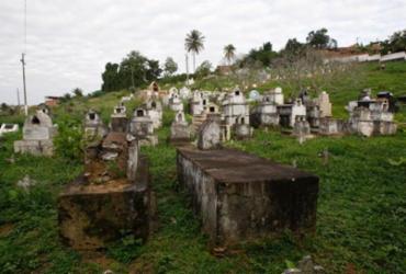Cemitérios de Brotas e Plataforma serão ampliados para atender demanda | Luciano Carcará | Ag. A TARDE