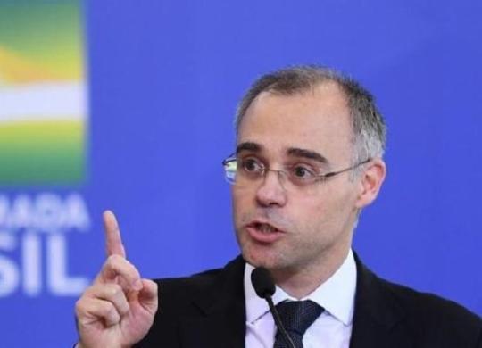 Ministro da Justiça entra com Habeas Corpus no STF em nome de Weintraub | AFP