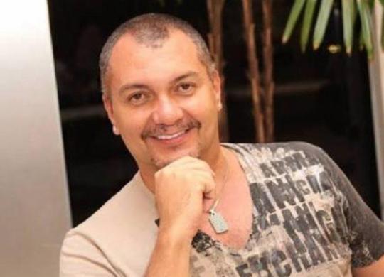 'Precisamos da cortina, do aplauso e do suor', diz fundador do Balé Folclórico da Bahia   Reprodução